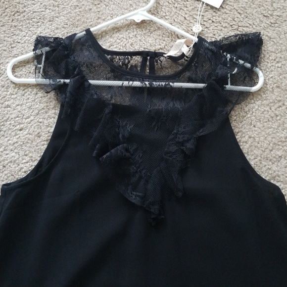 Wayf Tops - Black lace top